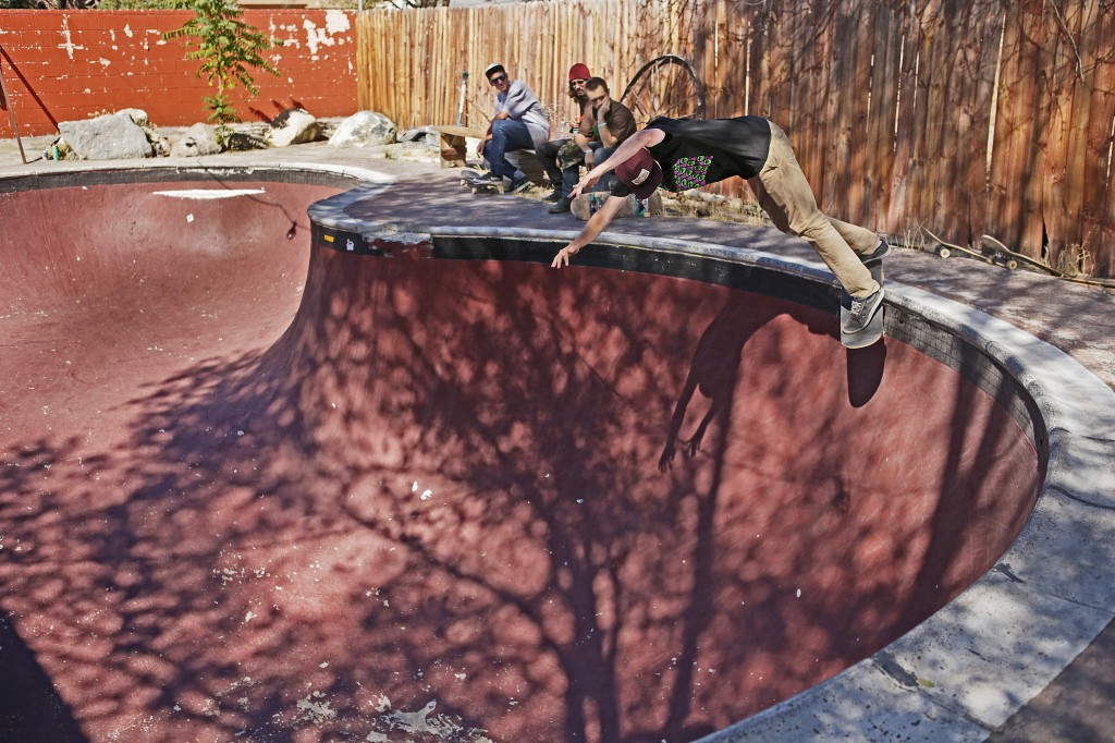 Jordan Mullen backside smith at Pettit's photo Volland