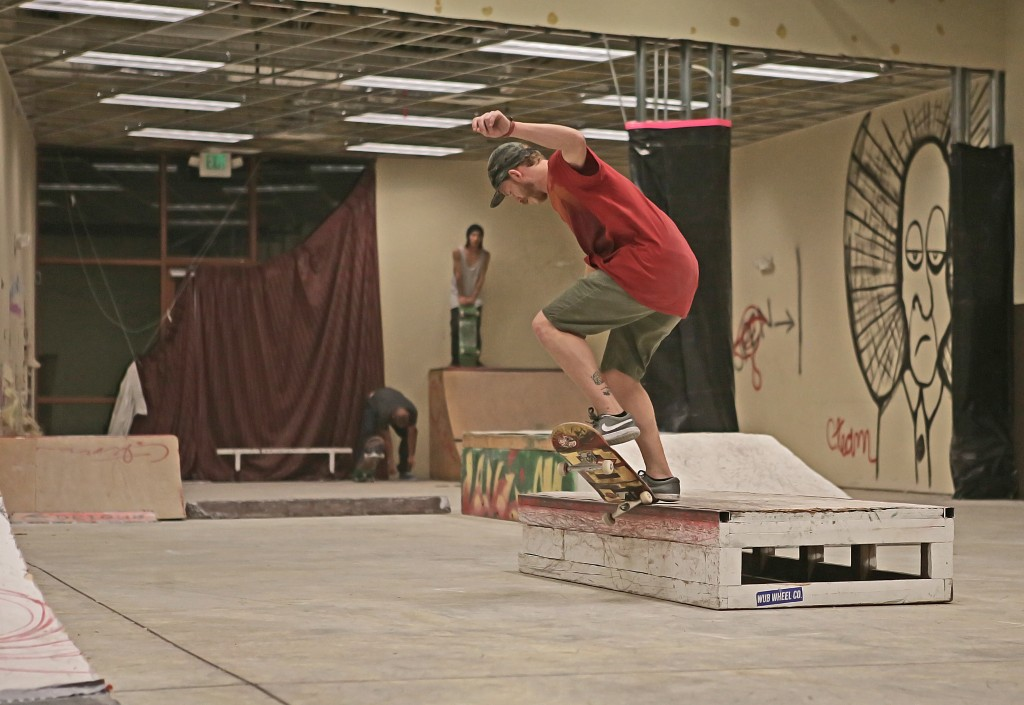 Josh Lamon switch crook on one of the boxes at Skate Church