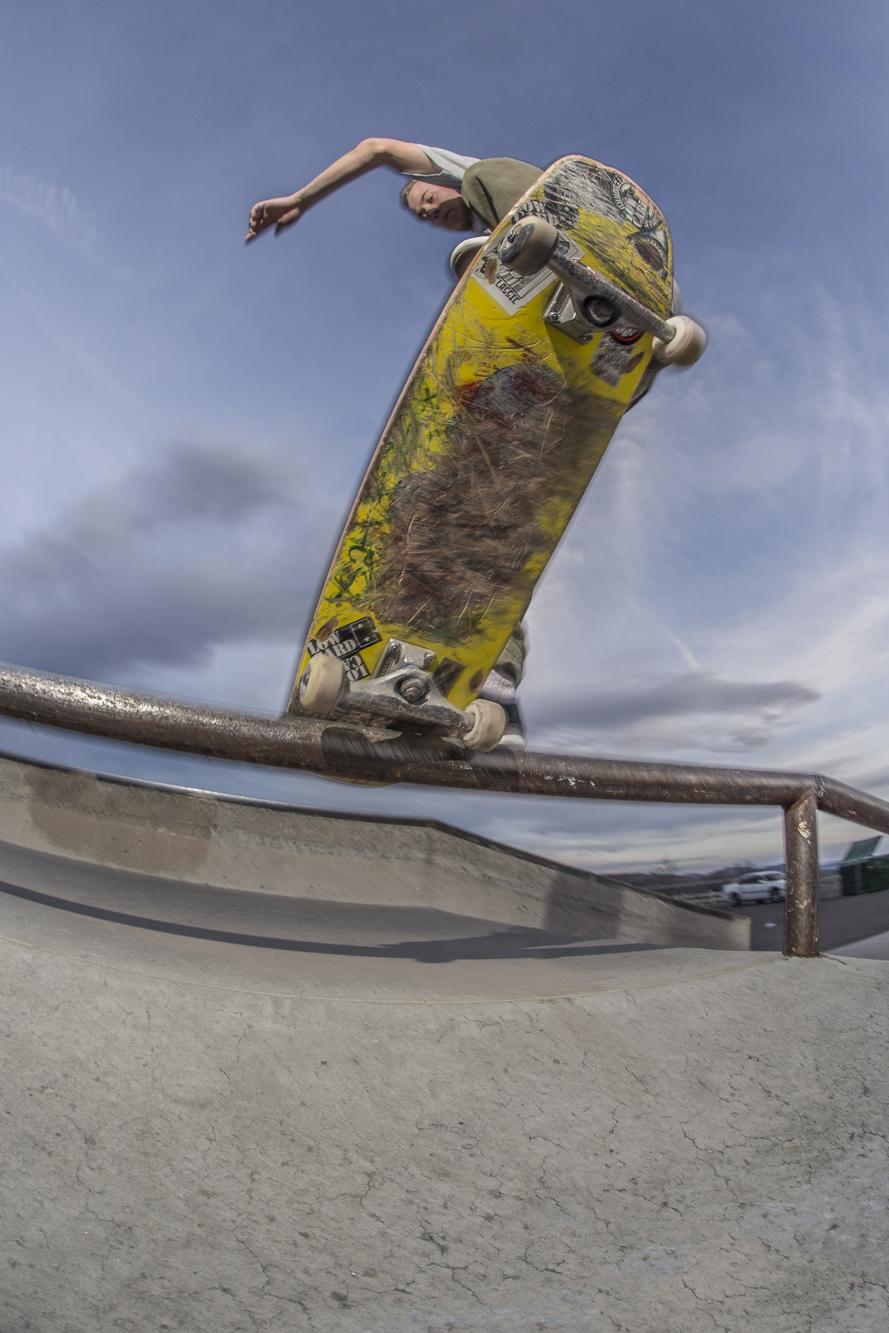 Jordan Mullen blunt slide at Lazy 5